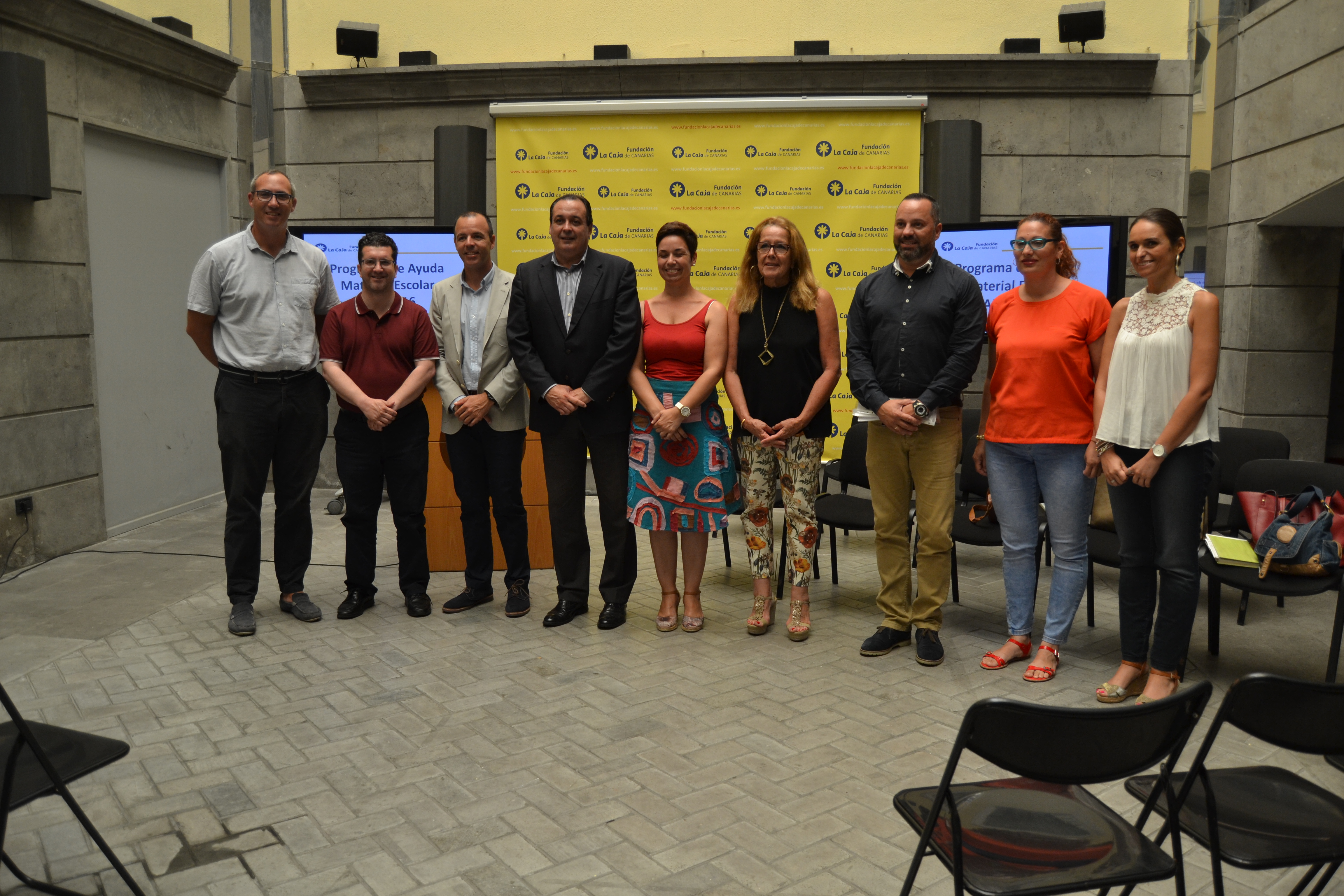 2.000 escolares con ayudas para material escolar gracias a la Fundación La Caja de Canarias