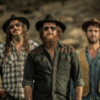 "RED BEARD presenta su nuevo disco ""ALL OR NOTHING"""